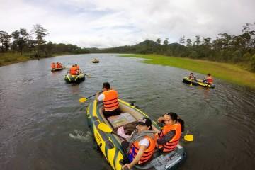 Tour chèo thuyền ngắm lá Phong hồ Tuyền Lâm - Đà Lạt