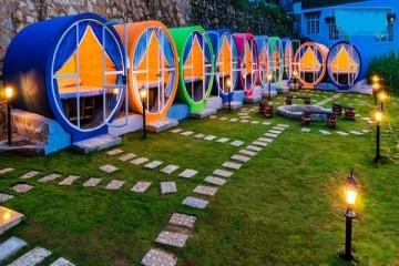 Khách sạn kiểu mới, hình ống khác lạ giá rẻ ở Đà lạt