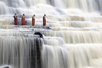 Tour khám phá thác nước Đà Lạt